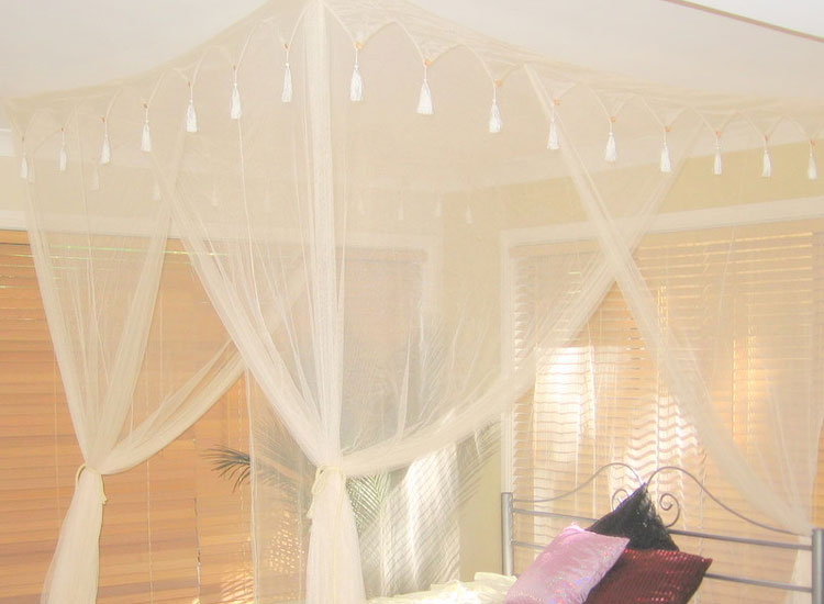King Size Box Cream Mosquito Net